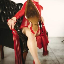 Toronto's Chokehold Specialist & Pro Domme